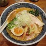 塩の蔵 - 2016/8  ピリ辛冷しそば(860円)