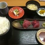 魚彩 銀の鯛 - まぐろ造り定食(2016,7)