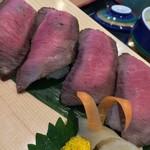 地産レストラン 上里プリンス - 牛たたき寿し アップ