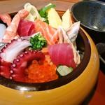 「梗絲の海鮮ちらし寿司」1人前