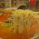 市々ラーメン - ツルツルの麺