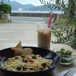 MUMU - ランチパスタ(パン・サラダ付き)+タピオカ