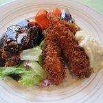 クック De アムール - 牛バラ肉赤ワイン煮と海老フライセット¥1,450