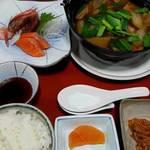 ホテルパラダイスヒルズ - 料理写真:伊勢ヶ濱部屋公認ちゃんこ鍋