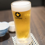 焼き物ダイニング ほるん - 2016.8 サッポロ生ビール黒ラベル中ジョッキ(490円)