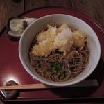矢的庵 - ちびつぬは、仁王そば(餅天、大根おろし)1200円。 仁王そばは、冷やしor温のどちらかを選べたので、 こちらも冷やしに。ぶっかけ蕎麦のような感じだね。