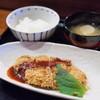 麒麟亭 - 料理写真:お昼のビーフカツ定食