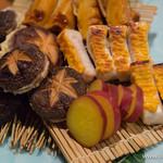 55264426 - 焼きものの盛合せ(椎茸と海老しんじょう、さつま芋、梶木鮪の栴檀(せんだん)焼き、筍の照焼き)【2016年3月】