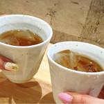 麺家獅子丸 - お茶で乾杯w