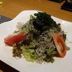 ROKU鮮 - じゃこ海苔サラダ 604円