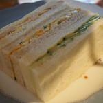 アスコットティールーム - ケーキスタンド・下段サンドイッチ3種
