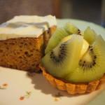アスコットティールーム - ケーキスタンド・上段のケーキ2種