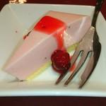 肉とワイン bonanza - ランチはデザート付き♥ ゜゜゜゜゜-y(^。^)。o0○