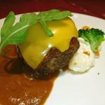 肉とワイン bonanza - チェダーチーズハンバーグ♥ ヽ(・∀・)ノ
