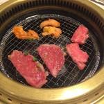焼肉 鶯谷園 - 肉を育てる1