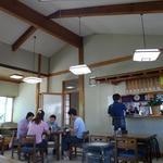熊文 - 天井の高い空間です。