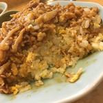 梁山泊 - 肉あんかけチャーハン(中)