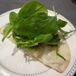 トラットリア・ゴロージィー - 米粉のピザ