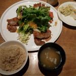 55296496 - 桜山豚の薄切りカツランチ