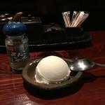 肉ダイニング RAKUGAKI - 塩アイス