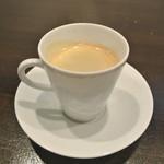 アキヒサ ハンダ - 食後のカフェ