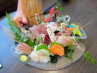 お魚ダイニング hiro - 刺身盛り¥1500