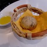 イタリア食堂 Fagotto - パン(土日祭日ランチ)