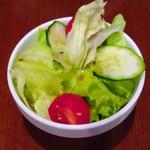 一ノ瀬珈琲 - セットのサラダ