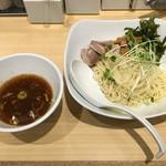 TOKYO豚骨BASE - 「冷やし鶏つけそば(大盛)」820円