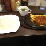 肉マル食堂