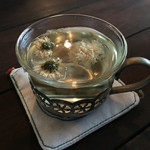 Laugh Park - ランチセットのドリンクは菊茶も選べる