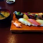 瀬浜寿司 堂ヶ島 - 地魚寿司
