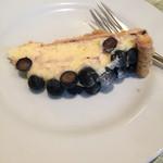 EAT - ランチセットのケーキ♪(´ε` )       今回は、ブルーベリーパイが出ました