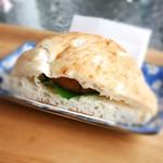 山香煎餅本舗 草加せんべいの庭 - 料理写真:草加せんべいヘルシーバーガー¥357