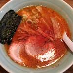麺通 - カラフトらーめん(辛背油)半麺こってりで 730円