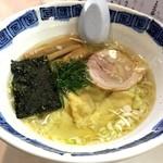 燃えろドラゴン - 海老ワンタン麺(塩)