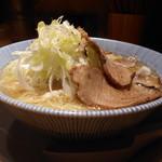 四代目ねかし - 麺大盛(無料)