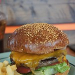 California Diner JACKAL - ベーコンチーズバーガー