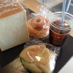 ベーカリーメルシー - ランパスセット(通常700円→ランパスvol.6提示で500円) ●食パン・調理パン・菓子パン・コーヒー