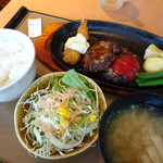 やよい軒 - 料理写真:洋風ハンバーグ定食(760円)