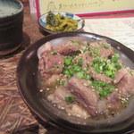 九州屋台劇場 - 高菜(つきだし)と塩ホルモン