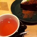 55333163 - 紅茶とセットで