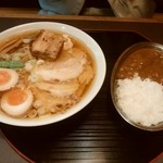 製麺屋食堂 - 料理写真:特製中華そば&半カレー