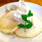 55333965 - リコッタチーズケーキ+生クリーム