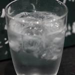 〆ラー - 麦焼酎の水割り