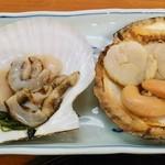 二条食品 - 二条食品@バスセンター前 活ホタテ定食の刺し身と醤油焼き