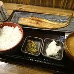 しんぱち食堂 - ほっけ定食(半身)