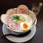 Mitsuba - 豚CHIKIしおチャーシューメン(大盛り)