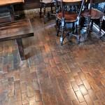 藍花珈琲店 - この床も素晴らしいです♪