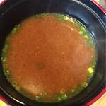 由布まぶし心 - 味噌汁は赤だし、ひつまぶしにはやっぱり赤?